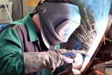 The Best Welding Helmet: A Guide on How To Choose a Welding Helmet